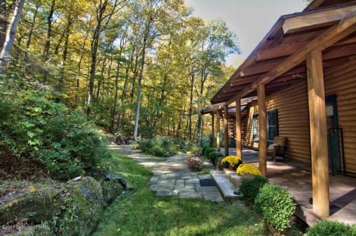 quiet valley porch2