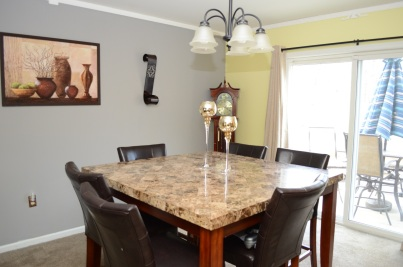 5 Dining Area (1)