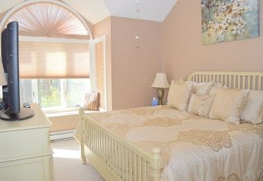 12 2nd Bedroom (1)