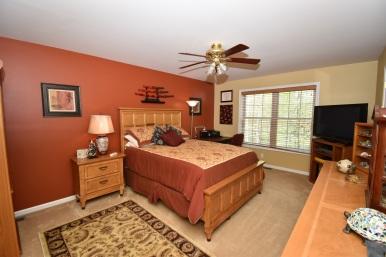 14 2nd Master Bedroom (1)