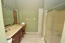 14 Master Bathroom (6)