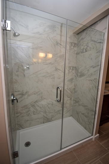 13 Master Bathroom (6)